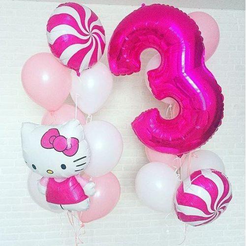 Нежно и ярко розовые воздушные шары в стиле Китти