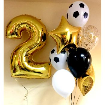 Золотистые шарики и метровая цифра 2