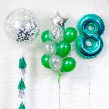 Набор шаров в большим шаром и цифрой 8