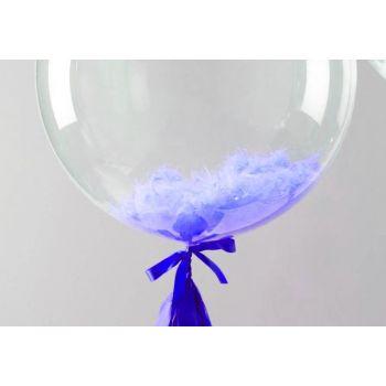 Шар баблз на обычной ленте с голубыми перьями